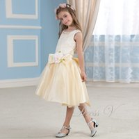 apricot beauty - 2017 Apricot Lace Knee Length Flower Girl Dresses Organza Beauty Short Pageant Dress For Little Girls Kids Frock Designs Gown