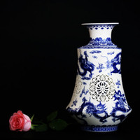 Wholesale Chinese Blue white Hollow Hand Painted Vase w Qianlong Mark CSY858