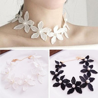 Wholesale 6Pcs Summer Women Fashion New Imitation Pearl Flower Short Necklace Collar Trendy Sweet White Lace Choker Clavicle Chain