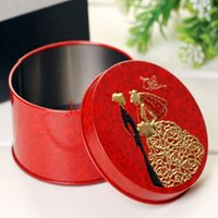 Cheap Hot selling new arrive round box Bride and groom Mint tin Box Wedding favor Candy Box