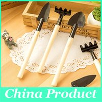 garden shovel - 3 Mini Garden Hand Tool Kit Plant Gardening Shovel Spade Rake Trowel Wood Handle Metal Head Gardener