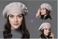 beautiful things - In the winter there is a beautiful hat is how warm and beautiful things ah