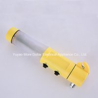 Wholesale High quality Multifuntion Car Safety Hammer Safety Emergency Hummer LED Warning Lamp Torch Car Window Seat Safety Life Saving Hammer