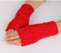 Wholesale Europe and the United States knitting wool gloves semi finger Ling type gloves winter warm and warm dew finger short arm gloves Fingerless