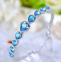 Wholesale Ms han edition jewelry crystal bracelet fashion heart shaped bracelet sell like hot cakes Creative gifts accessories manufacturer