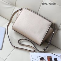 Wholesale Free delivery of new women s handbags star favorite perfect quality small bag Shoulder Bag Messenger Bag