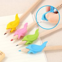 Wholesale Pencil Holding Practise Device Students Stationery for Correcting Pen Postures Grip Learning Stationery Necessary