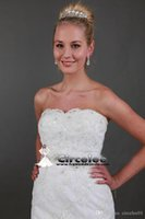 Wholesale Real Sample A line Bridal Gown New Arrival Lace Wedding Dresses Strapless Tulle Appliques Bridal Gowns