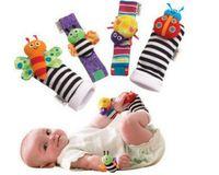Wholesale New Garden Bug Wrist Rattle Foot Set foot Finder Lamaze High Contrast Foot Finders baby toys