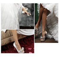 Wholesale Handmade custom satin wedding shoes fashion new high heeled sandals white pearl diamond wedding shoes fashion bride shoes