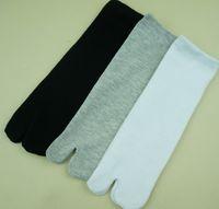 Wholesale Two fingers toe socks finger socks female socks Japanese wind tabi socks two toe socks cosplay clogs Specials Quick delivery Quality assuran