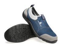 Wholesale breathable summer steel toe cap covering Anti hit work shoes anti static light bungled resistant safety shoes