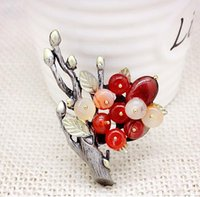 agate brooches - Retro bouquet branch natural agate semi precious stones in Europe and America upscale brooch brooch pin scarf buckle dual Necklace