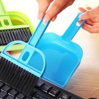 Wholesale Random Color HOT New Mini Portable Desktop Cleaning Brush Keyboard Brush Computer Brush with Dustpan Cleaning Set SupplyXHH05221