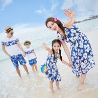 Wholesale Family Matching Outfit blue flower Family Clothing Set Mother Daughter Dress Father and Son Clothes beach Clothing Family Dress Alikes DH001