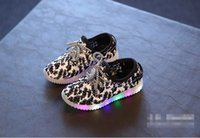 Wholesale LED baby sneakers lace cheap kids fashion casual shoes yards boys and girls of summer autumn shoes student pair B1