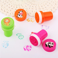 animals stamps - Plastic Stamps Count Emoji Fruit Animal Stampers Birthday Party Supplies Loot Bag Accessories Ideal Craft Supplies E724E