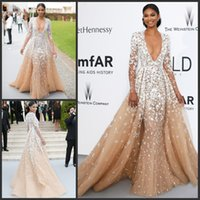 Wholesale Nude Zuhair Murad Celebrity Sexy Dresses KR Tulle Plunging Deep V Neckline Evening Gowns White Flower Appliques Red Carpet Dress