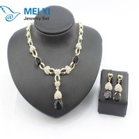 Wholesale most popular flower necklace jewelry crystal ear clip earrings with Italian design party jewelry set