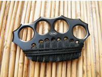 Wholesale 2016 Brand New THICK Brass knuckles Knuckle dusters four fingers iron Integrated steel forming DUSTERS