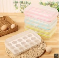 Wholesale Plastic egg refrigerator storage box portable outdoor picnic grid plastic egg box packaging kitchen supplies