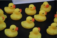baby ducks sale - 4000pcs Mini Yellow Rubber Ducks cm Baby Bath Water toys for sale Kids Bath PVC duck with sound floating duch