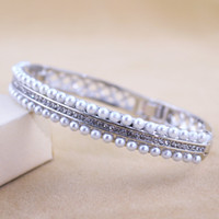 Wholesale Crystal and imitation pearl bracelet exquisite fashion Korean style luxury popular new design elegant classic bracelet GLW287