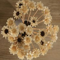 Wholesale High Simulation Home Decor Artificial adornment Dried Flowers Chrysanthemum Decorative Sitting Room Interor Artifical Dried Flowers V Free S