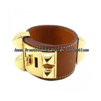 Wholesale Stunning New Fashion Designer Leather Cuff Bracelet In Brown Genuine Calfskin Leather with Gold Pyramids Women Dreaming Bracelet