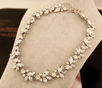 Cheap New Arrival Women Brand New Design Fashion Jewelry Shining Full Rhinestone Imitation Diamond Flower Pendants Necklaces