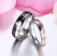 Wholesale Rose gold and black plated design with heart shape IP plated with CZ diamond for couple rings edding rings jewelry for lovers Valentine Day