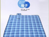 Wholesale Outdoor thickening suede picnic mat to heavy dampproof mat outing m The baby crawled mat