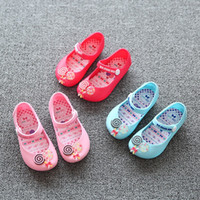 Wholesale Mini Melissa New Mini Melissa Kids Sandals Sweet Children Beach Sandal Cute Candy Buckle Strap Soft Leather Girls Shoes