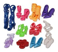 Wholesale New Fashion Mix Shoes Boots for Decor Doll Toy Girls Play House Party Xmas Gift Random