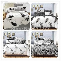 Wholesale pieces set Black and White stripe plaid Mickey mouse cotton bedding set for queen king bed bedclothes duvet cover set sheet