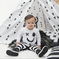 american smile - Baby Clothes New Long Sleeve The White Smile T shirt Black White Stripes Trousers Children Costumes Baby Kids Sets of Children Clothing