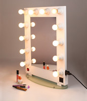 Wholesale to Asia Hollywood Lighted metal wall mounted cosmetic makeup artist salon vanity mirror with lights