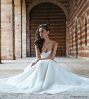 best online bridal gowns - 2016 Gorgeous Lace Summer Beach V Neck Sexy Wedding Dresses Long Boho Vestios De Novia A line Bridal Gowns Best Online Wedding Dress
