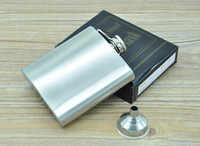 Wholesale Fashion oz Hip Flask Stainless Steel Pocket Retro Whiskey Flask Wine Bottle Liquor Screw Cap With Funnel
