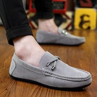 Wholesale Packages White Black Summer Sale Mailed New Fashion Sneakers Genuine Leather Mens Breathable Driving Shoes Men s Loafers Dress N06