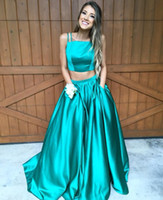 Wholesale Two Pieces Green Prom Dresses New Style Green Satin Prom Dress Long Piece Evening Gowns With Spaghetti Straps For Teens