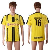 2016 17 Dortmund # 16 Blaszczykowski Tailandia fútbol Wears Hombres los jerseys del fútbol amarillo uniforme más alta calidad de fútbol Apparel