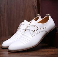 Wholesale Mens Business Shoes Genuine Leather Mens Dressing Shoes Big Size Men Pinted Toe Shoes Black And White Men Dress Shoes
