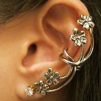 Wholesale High Quality colors Ear Clips Nightclub Exaggerated Flower Ear Clip without Pierced Clip Earrings Jewelry E039