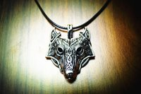 Wholesale New Norse Vikings Pendant Necklace Norse Wolf Head Necklace Original Animal Jewelry Wolf Head hange