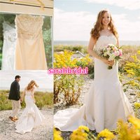beach island - Rhode Island Beach Wedding Mermaid Trumpet Dresses with Strapless Beaded Bow Knot Flower Top Fit and flare Skirt Cheap Vintage Bridal Gowns