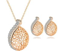 Wholesale 2016 Fashion Crystal Set OL style hollow lover Acacia leaves Jewelry sets necklace earrings Noble jewelry for women