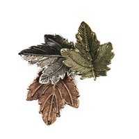 Wholesale Japan and South Korea version of the three color restoring ancient ways Texture grain contracted leaf brooch collar Leaf brooch
