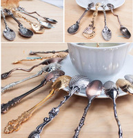 Wholesale Vintage Alloy Coffee Spoon Crown Palace Carved Dining Bar Tableware Small Tea Ice Cream Sugar Cake Dessert Silver Spoons Scoop