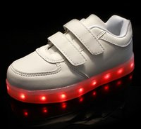 Wholesale 2016 Led Pour Children Shoes With Light Up Schoenen Kids Chaussure Lumineuse Enfant Garcon Casual Boys Lighting For Girls Filles HJIA367